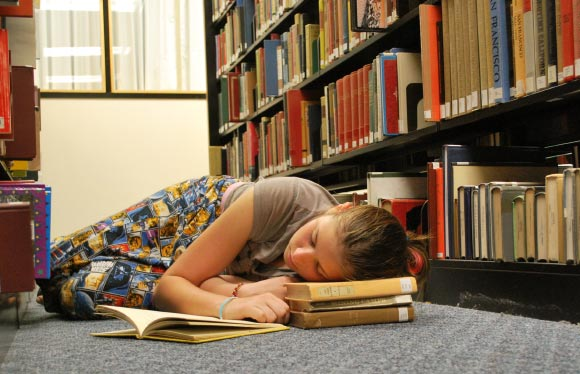 Brief Naps during Day Don't Relieve Sleep Deprivation, Study Says