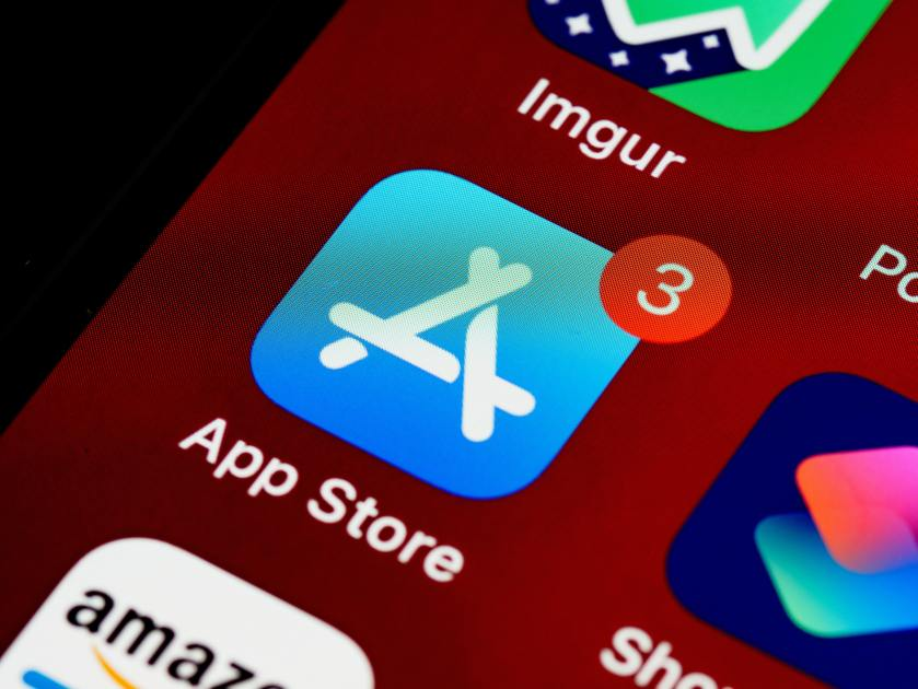 Tech Digest daily roundup: Apple agrees to App Store concessions