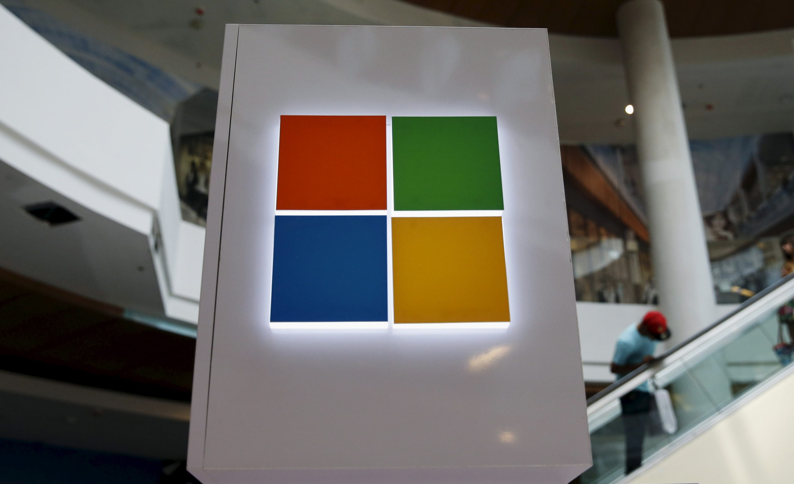 Microsoft issues Windows attack warning that uses malicious Office files
