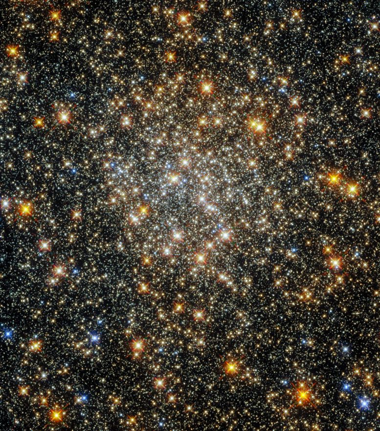 """""""Reddening"""" Clusters and Constellations: Hubble Captures Densely Packed Sparkling Starfield Near the Center of the Milky Way"""