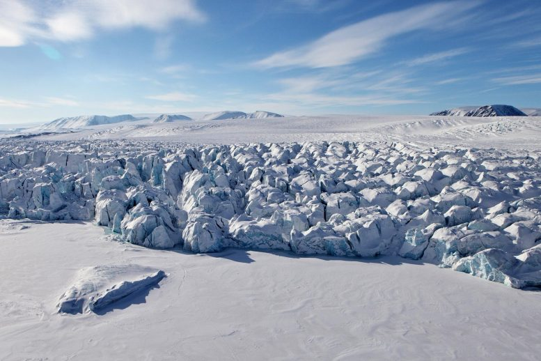 Russian Arctic Losing Billions of Tons of Ice Each Year As Climate Warms