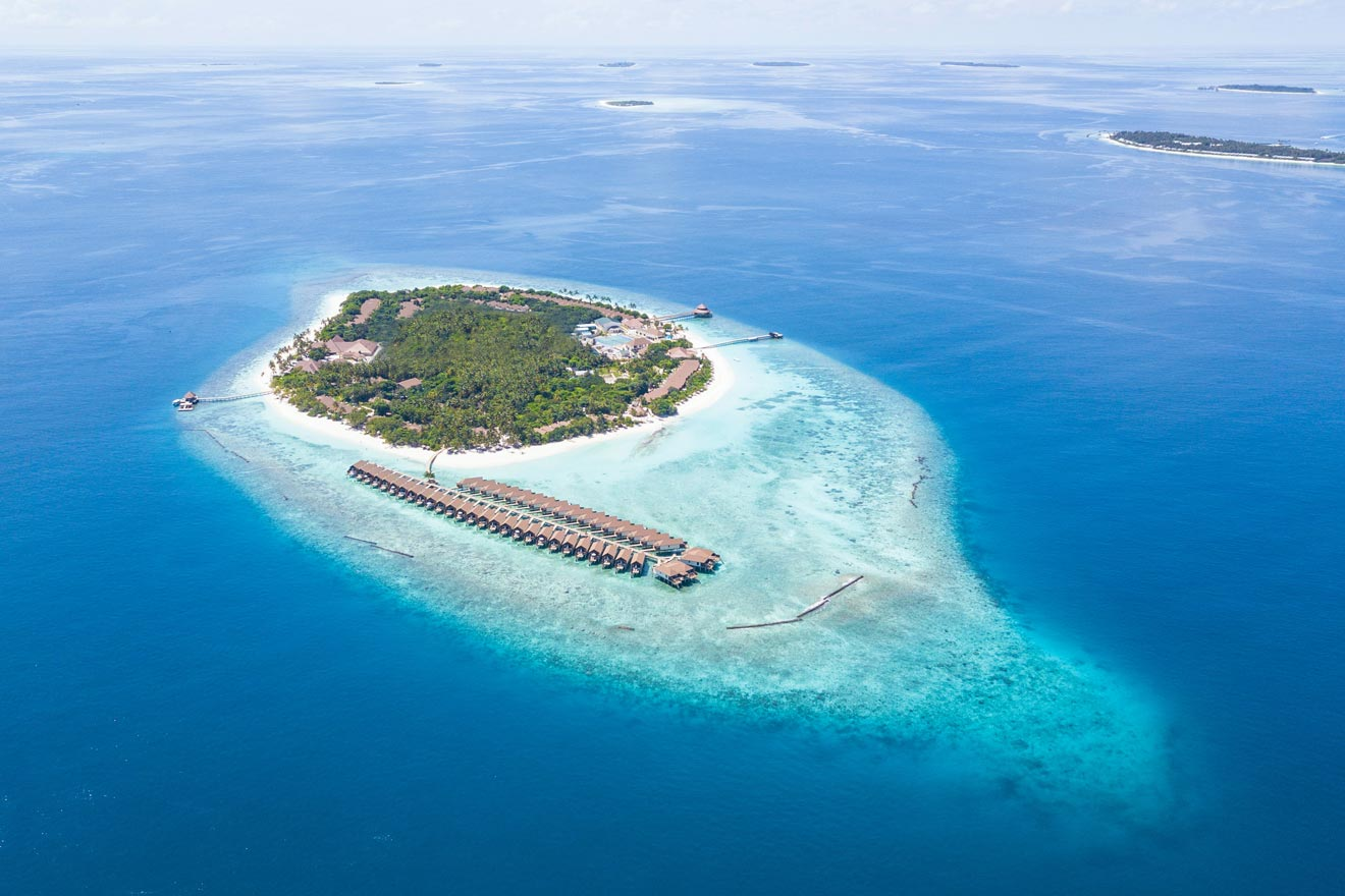 Where to Stay in the Maldives – 18 Epic Hotels from Luxury to Budget (with Prices)!