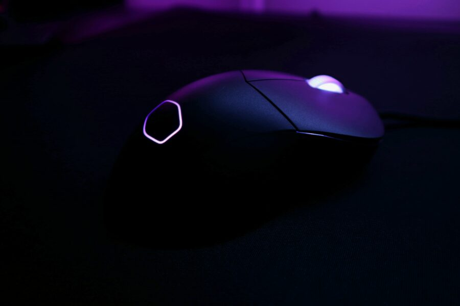 Cooler Master MM730 RGB Gaming Mouse Review