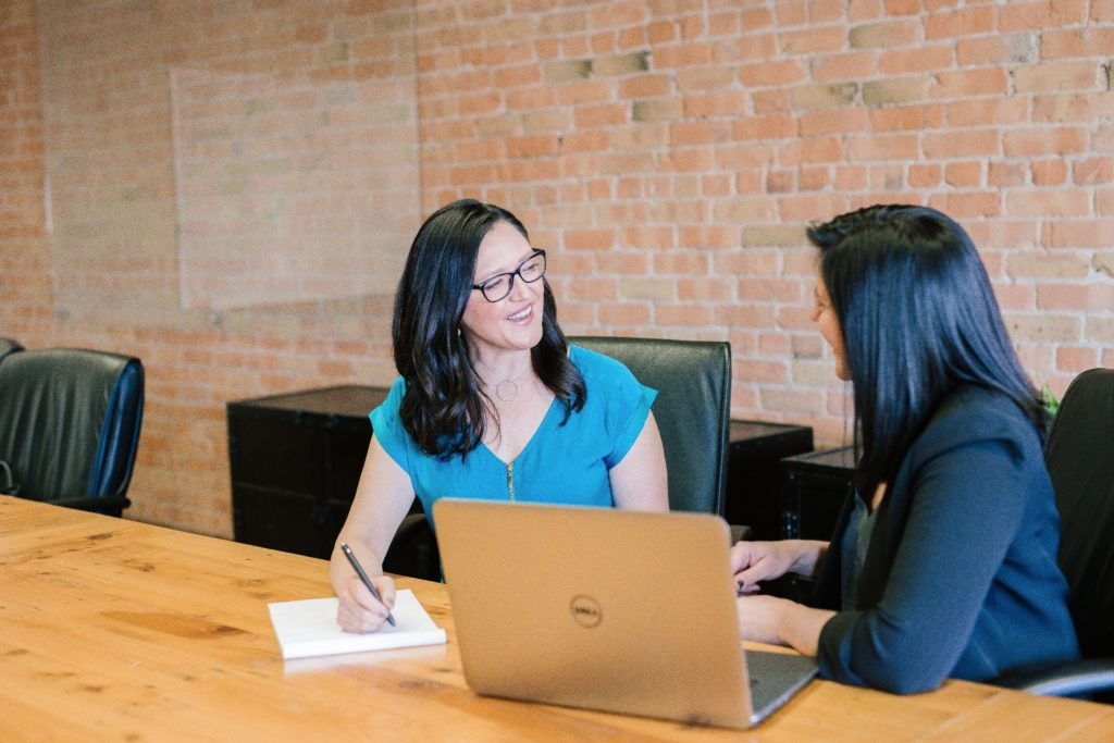 The Best Resume Format to Send to Hiring Managers