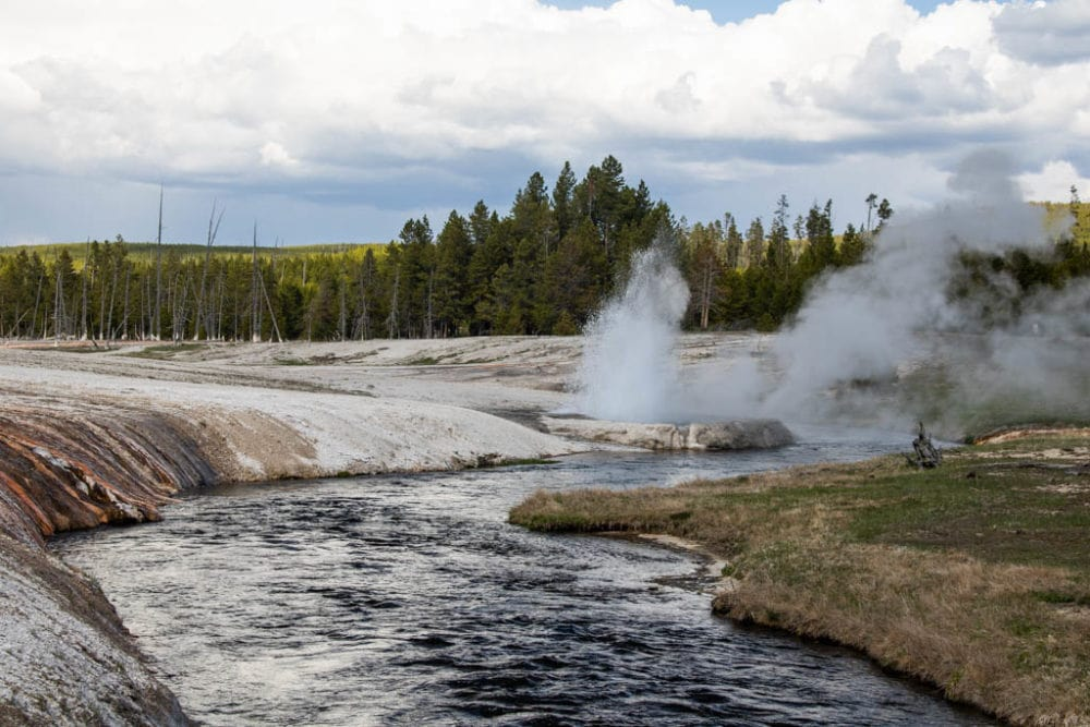Young Woman Suffers Serious Thermal Burns in Yellowstone National Park, Second Such Incident in Under Three Weeks